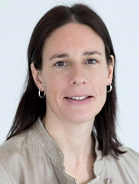 Mitarbeiter Petra Mayer-Linnehan