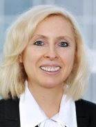 Mitarbeiter Mag. (FH) Claudia Neumann